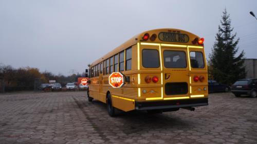 school-bus-freightliner-2001[4]